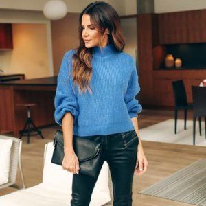 GILLY Mock Neck Ribbed Sweater